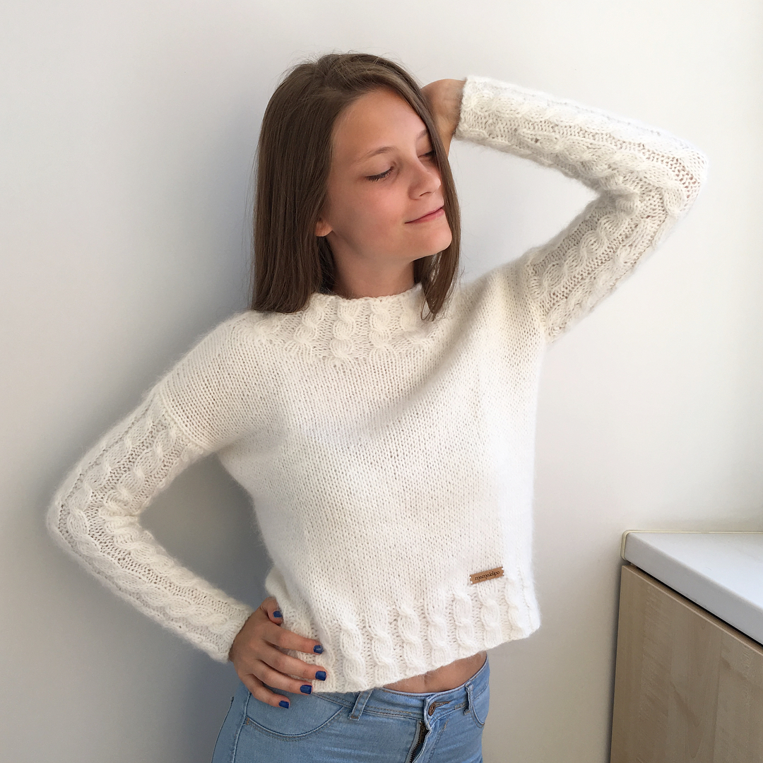 cute-and-stylish-knitted-sweaters-for-ladies-and-men
