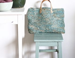favorite-free-and-easy-great-look-crochet-bag-patterns-for-2019